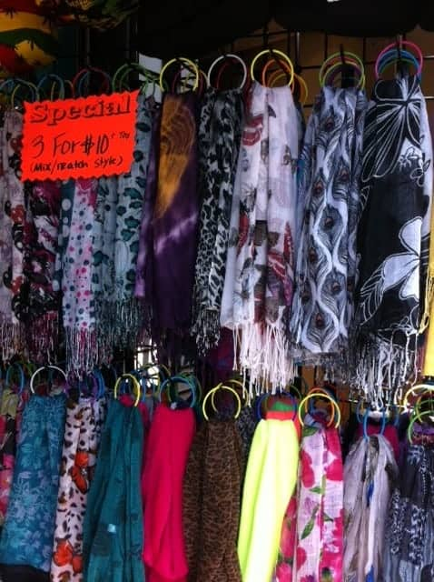 great cheap gifts, inexpensive scarves