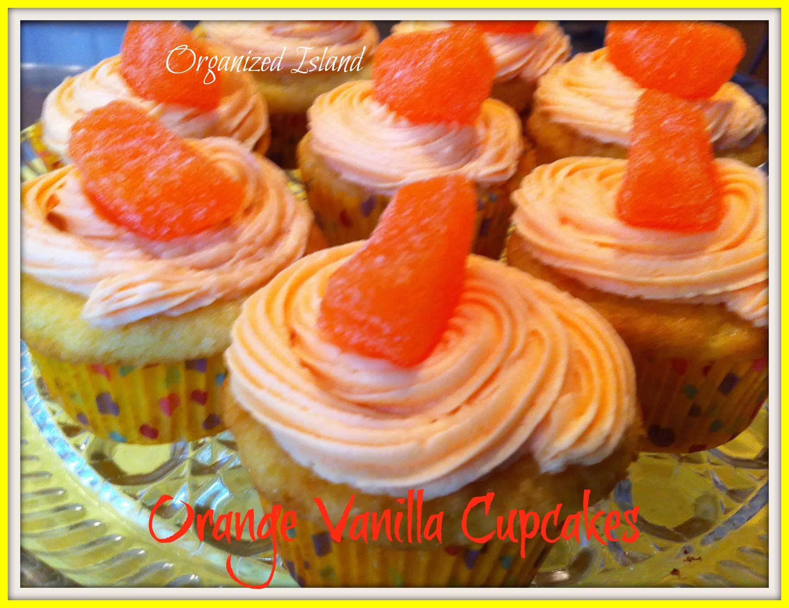 orange cupcakes, cupcakes with juice