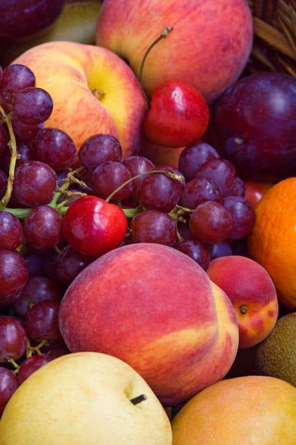 summer fruit for white sangria