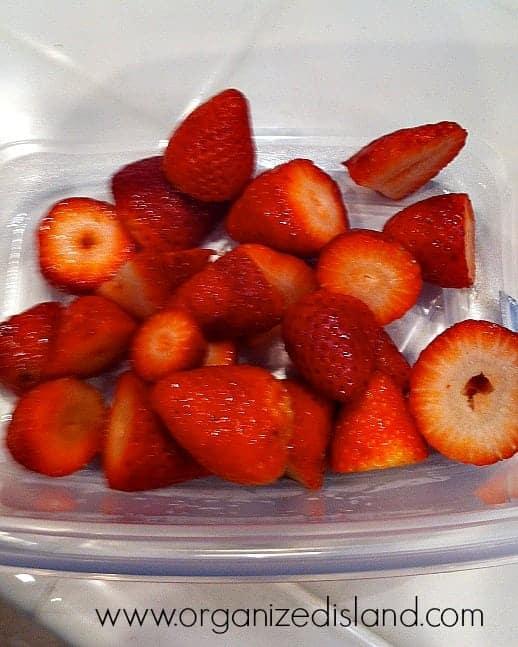 Strawberries-in-ChocolatRouge-Chocolate-Wine #Cheers2Chocolate #shop