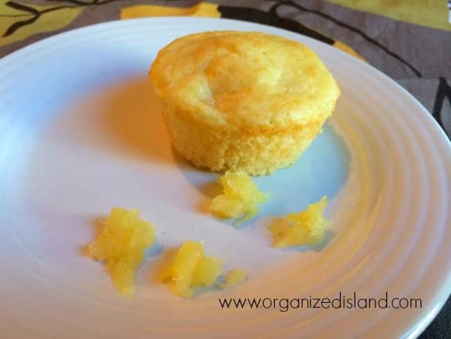 pineapple-muffin-baking-mix