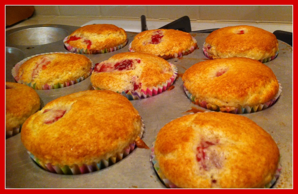 Simple Strawberry Muffins