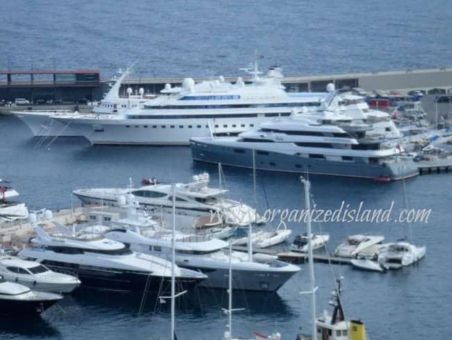 Mega-yachts-in-Monaco