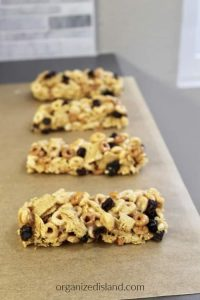 Easy Homemade Cereal Bars