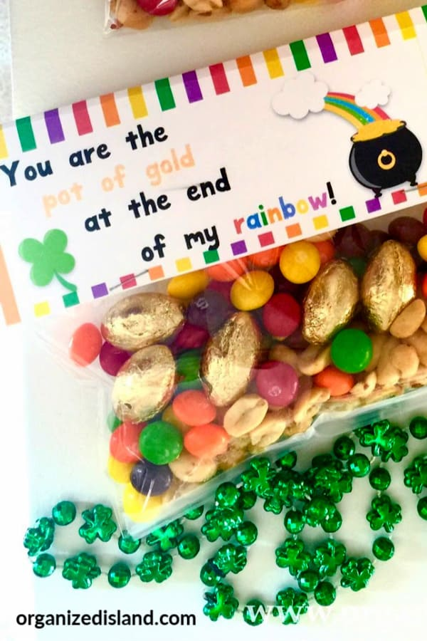 ainbow Trail Mix Recipe