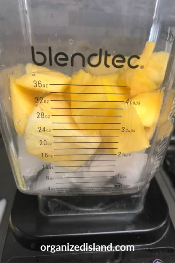 Making a pineapple smoothie