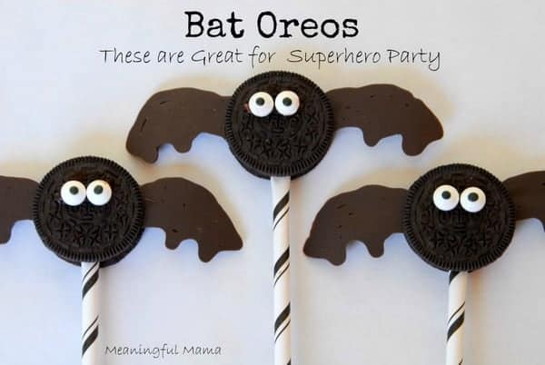 Bat Oreos made from cookies