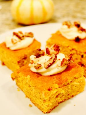 pumpkin spice cake with frosting