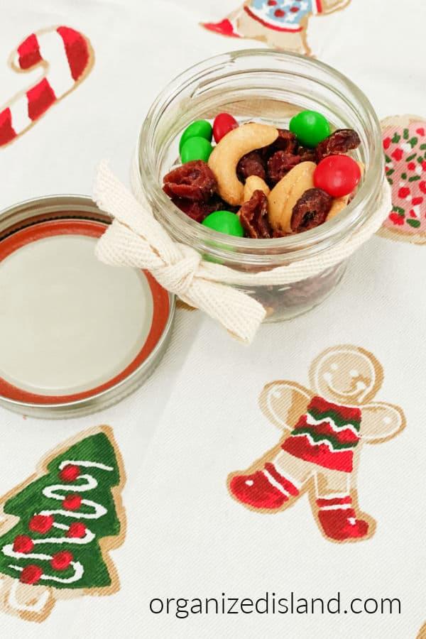 Christmas Treats Christmas Trail Mix
