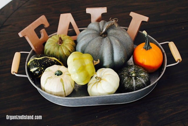 Simple Fall Decor Ideas - pumpkins in tray