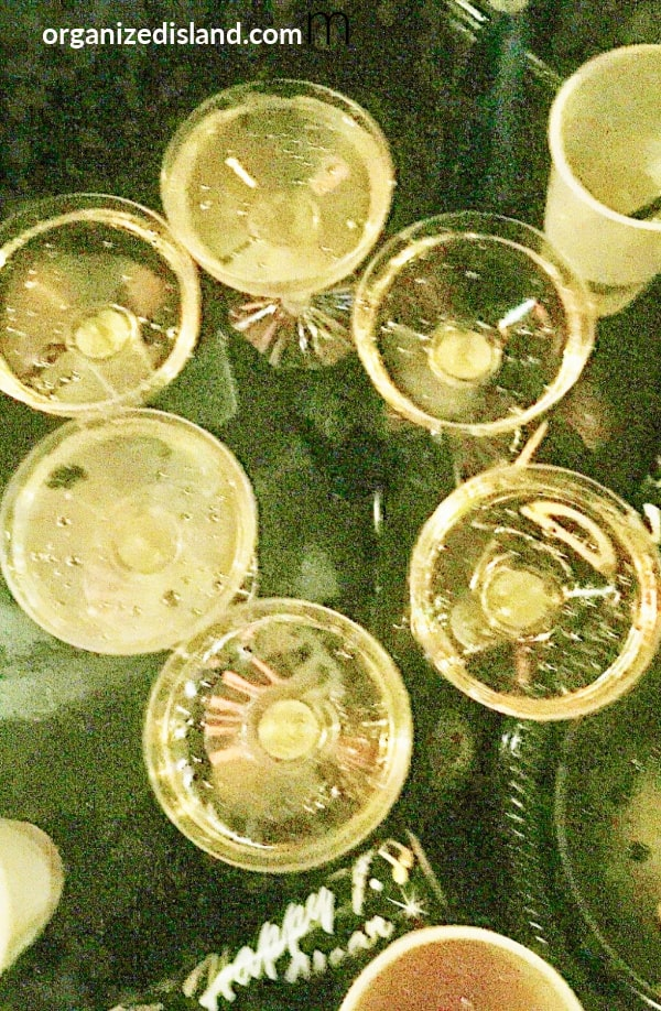 Champagne NYE