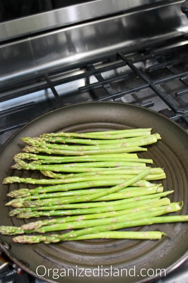 cooking asparagus on stovetop