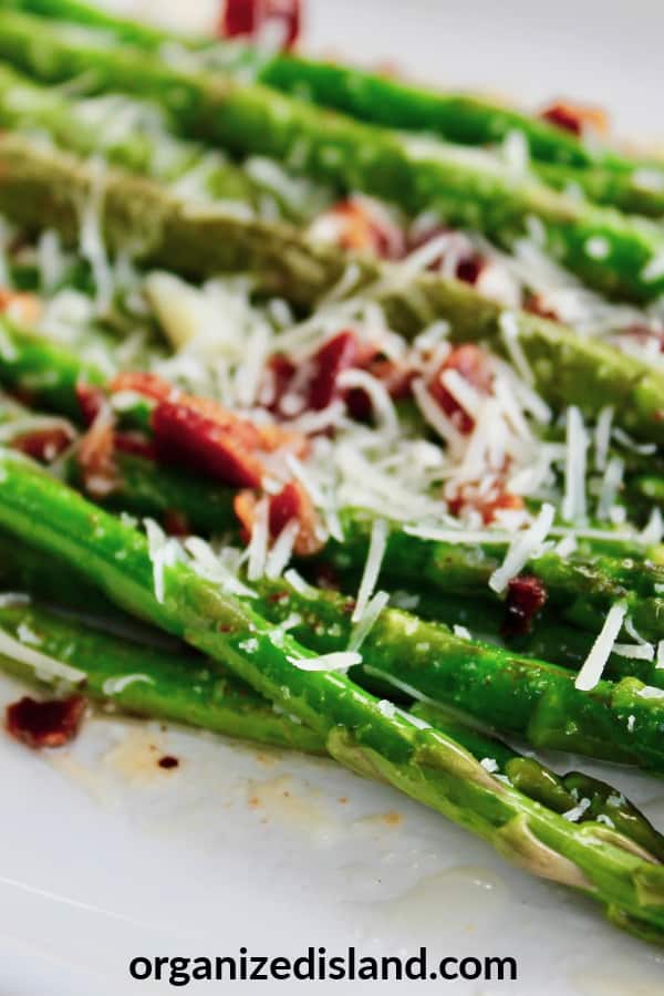 How to make Asparagus with parmesan and bacon