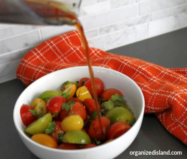dressing for tomato salad
