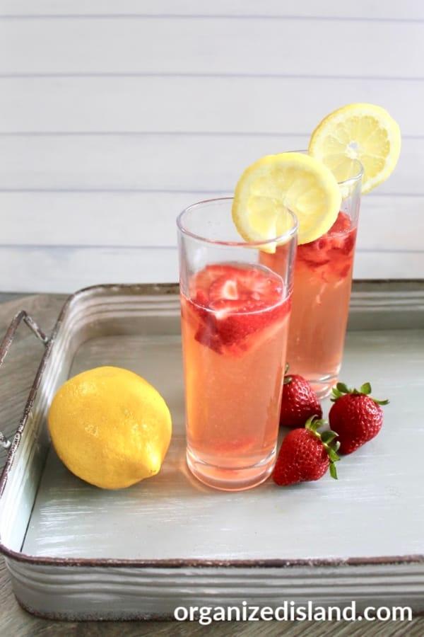Fresh homamade straw berry lemonade