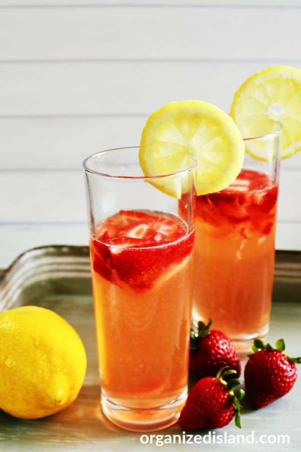 Fresh homamade strawberry lemonade
