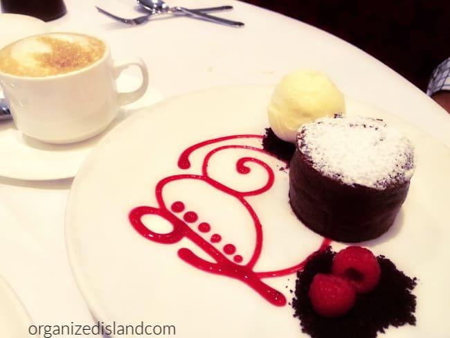 Rpys Mplton chocolate cake