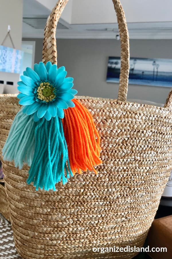 how to decorate straw bag