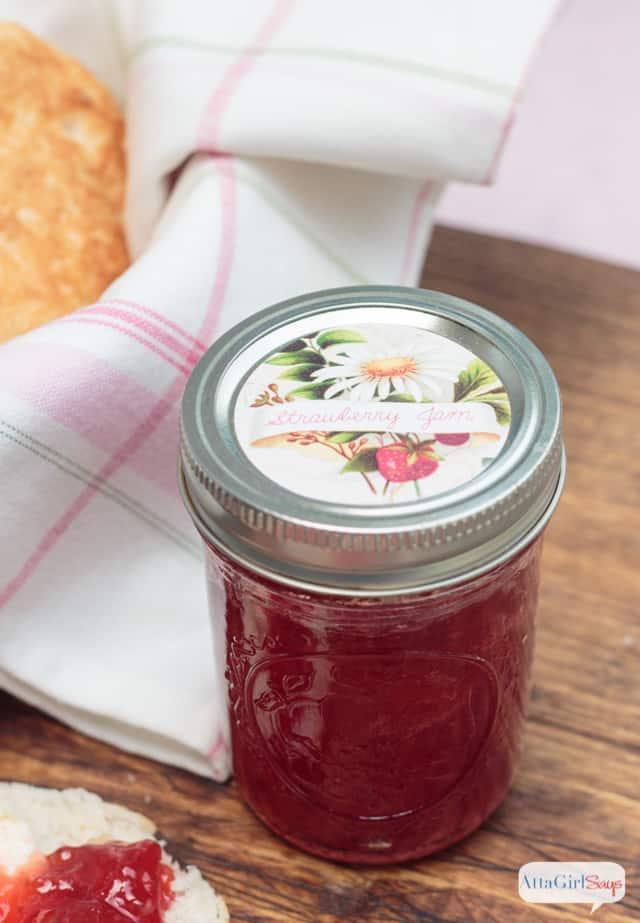 30+ Amazing Brunch Recipes with Fresh Fruit - Strawberry Jam