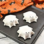 Fondant Ghost Dessert
