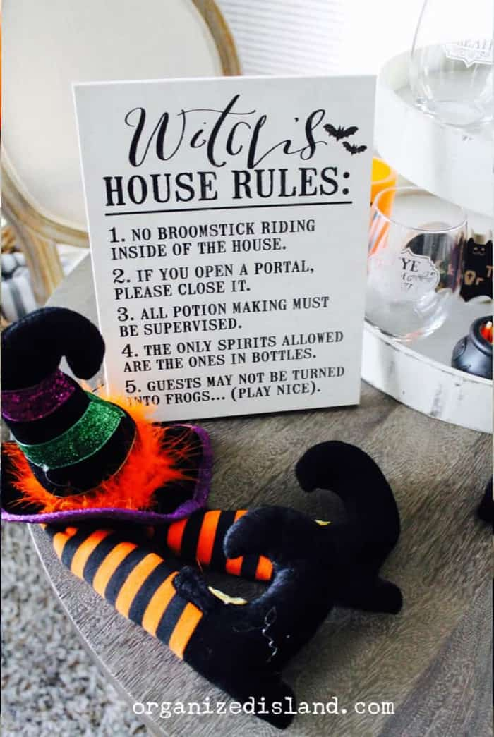 Simple Halloween Decor