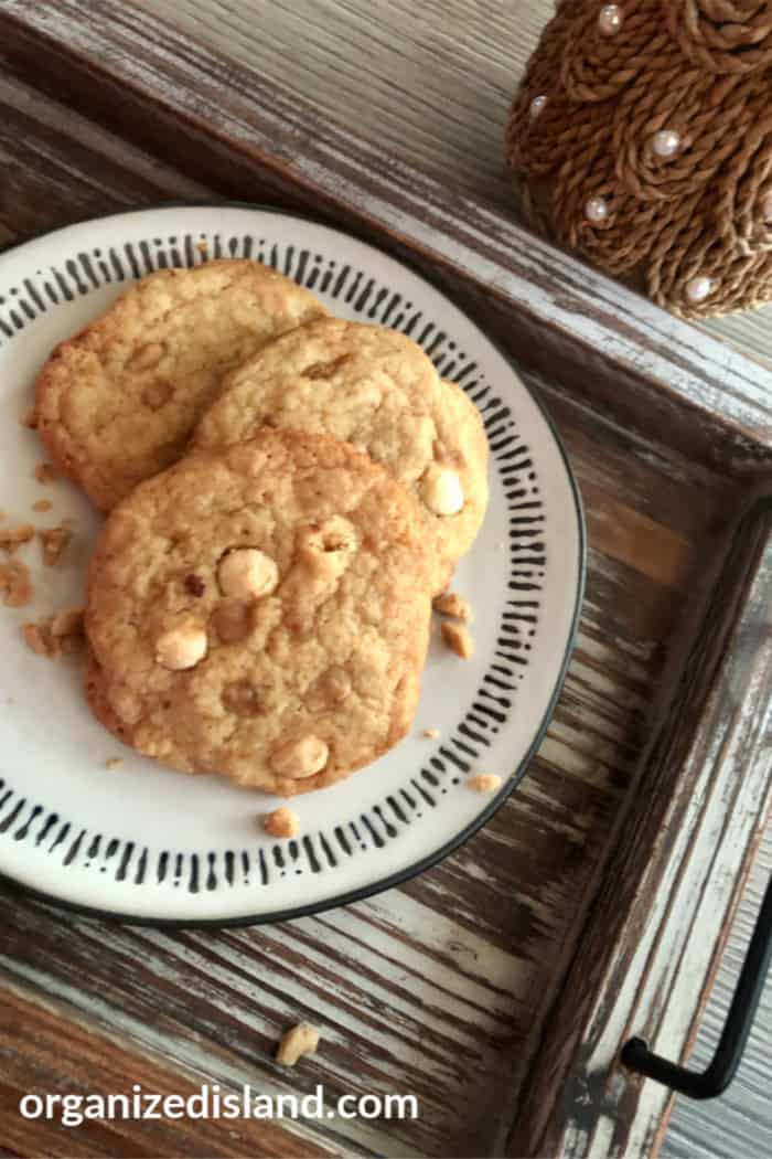 Toffee and Chocolate Chip cookies easy