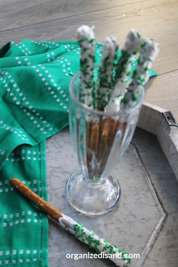 Dipped Pretzels St. Patricks Day