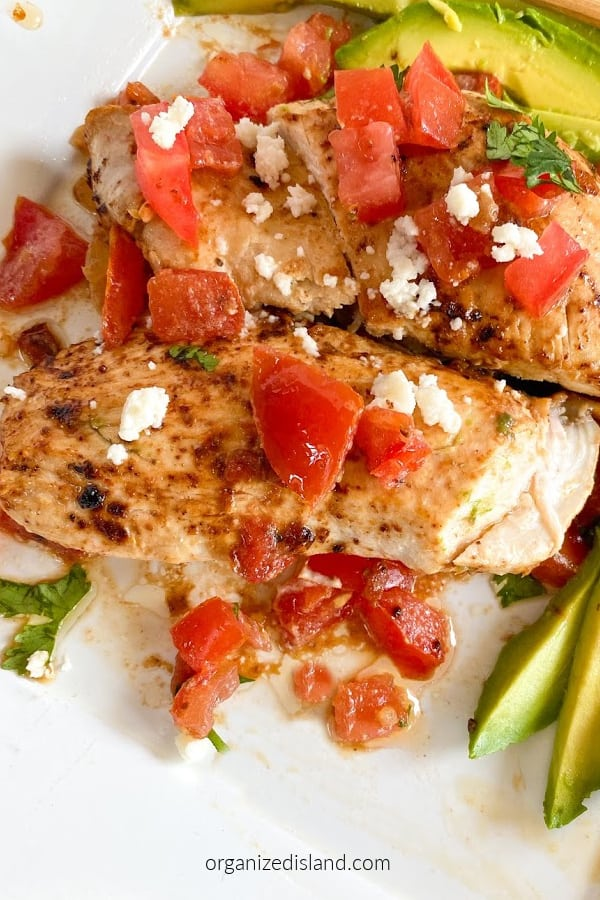 chicken with tomatoes and lime Plated