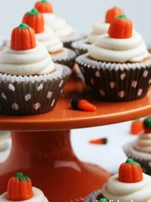 Easy Pumpkin Cupcakes