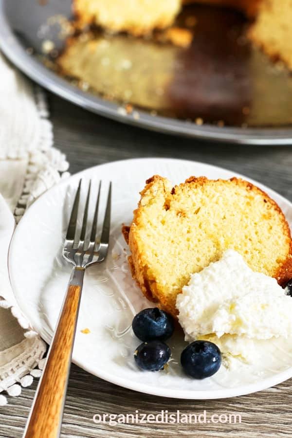 Best Sour Cream Pound Cake Recipe