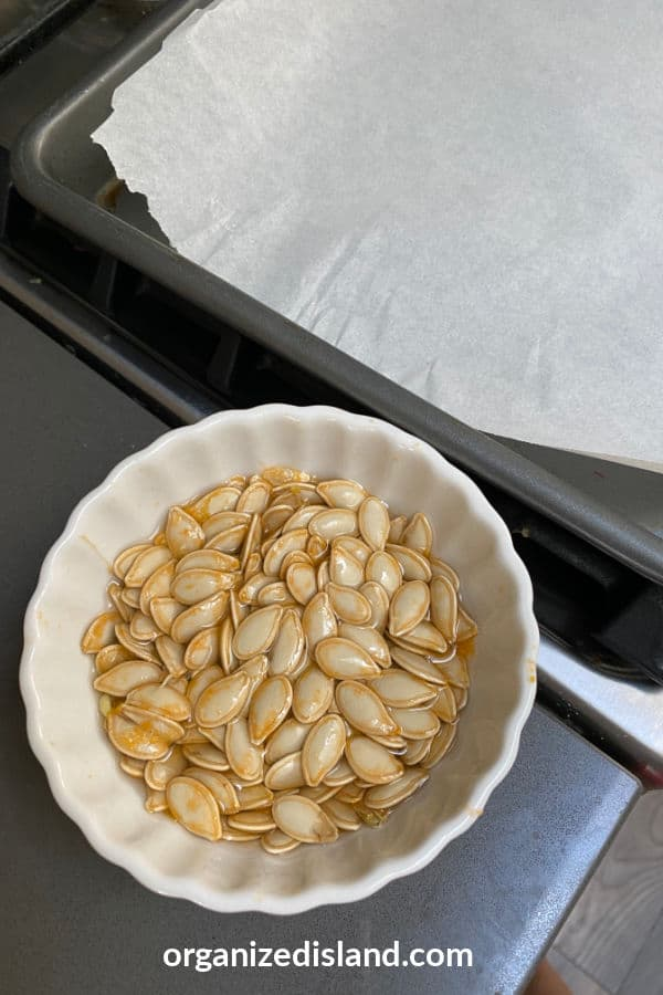 Rinse pumpkin seeds