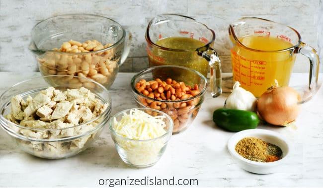 Slow Cooker White Chicken Chili Ingredients