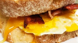 Egg Breakfast Sandwich