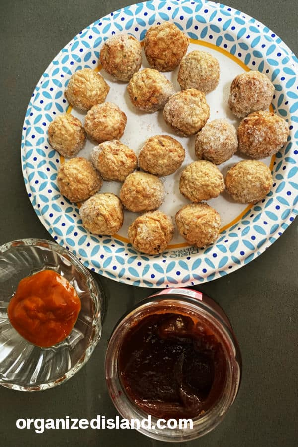 This Easy Grape Jelly Meatball recipe