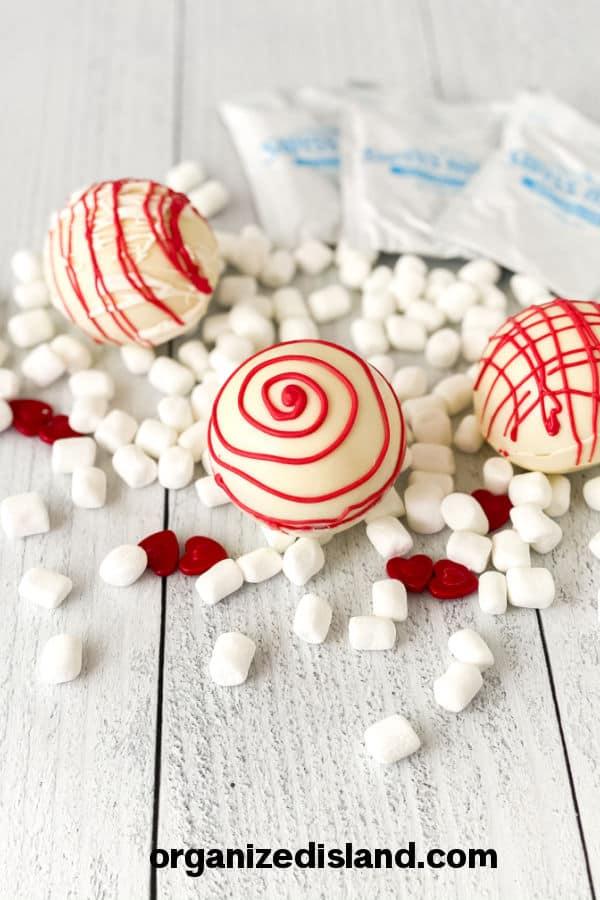 Easy Valentine's Cocoa Bombs recipe