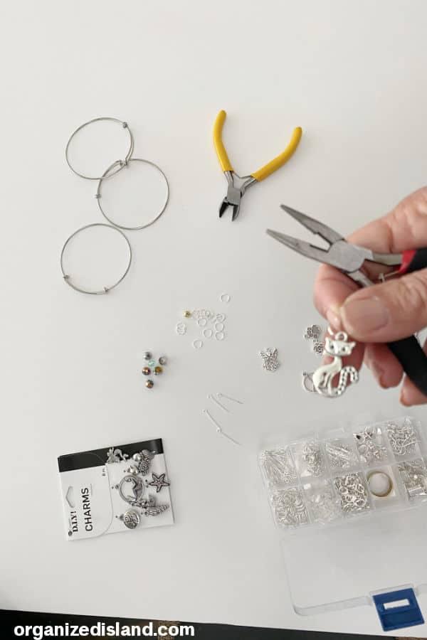 DIY Charm Bracelet - pick charm