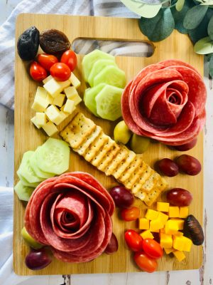 How to Make Charcuterie Roses fest