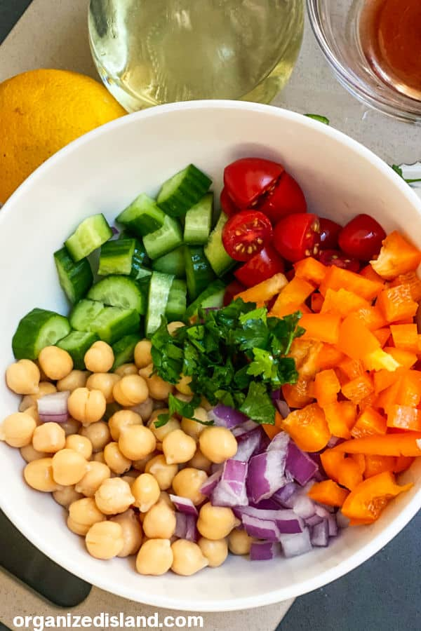 How to make a Chickpea Salad
