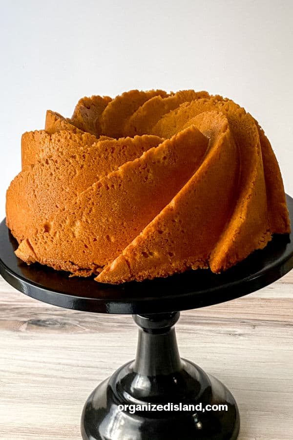 Old Fashioned Pound Cake.Recipe