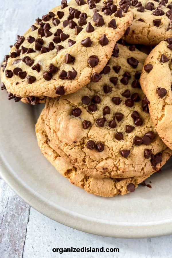 Jumbo Chocolate chip cookie recipe easy
