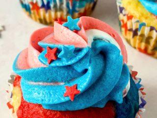 Patriotic dessert cupcake