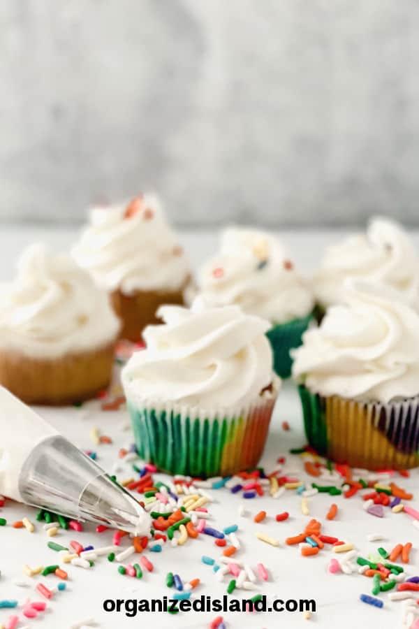Easy Buttercream Recipe For Cupcakes