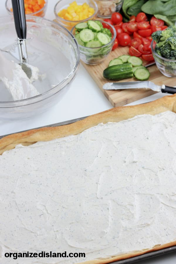 How to make a cream cheese pizza appetizer