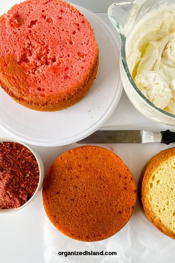 Frosting, Cake and topping