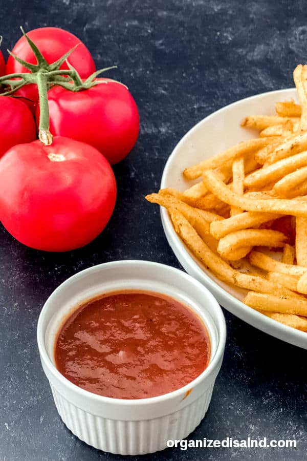 Homemade Ketchup with tomatoes and french fries