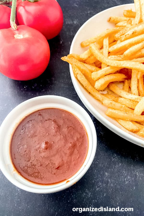 Homemade Tomato Ketchup with french fries