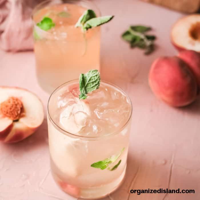 peach smash cocktail in glasses