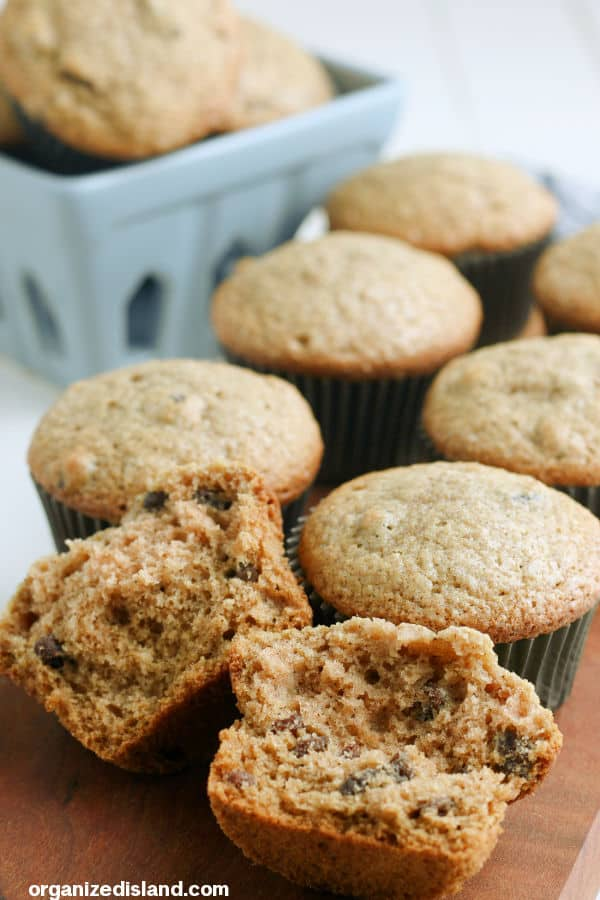 Easy Applesauce Muffins Recipe