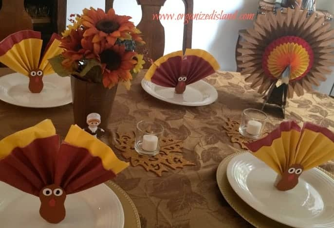 dollar-store-thanksgiving-tablescape