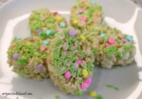 Easter Rice Krispie treats just make the day better!